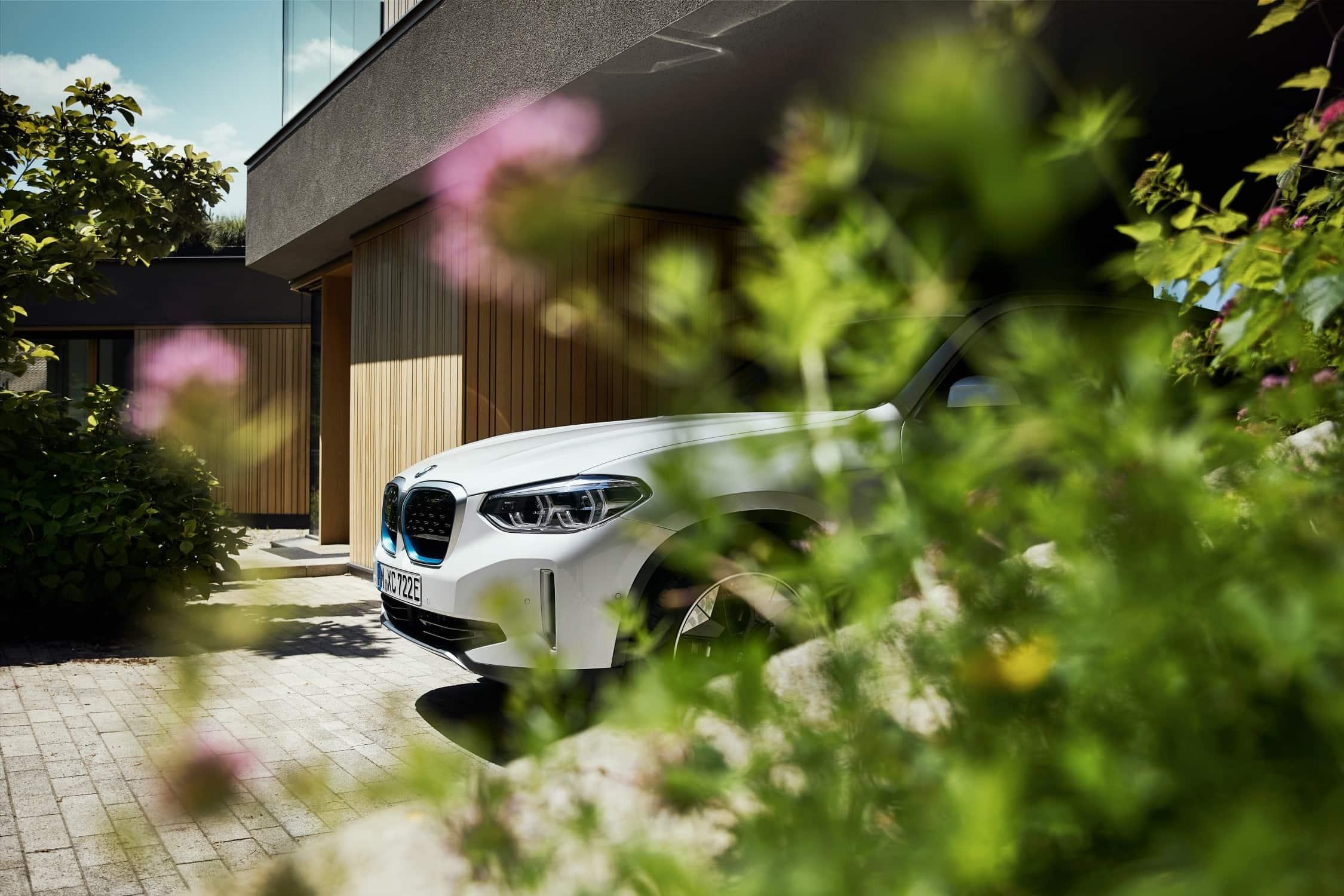 BMW iX3 Neus Detail