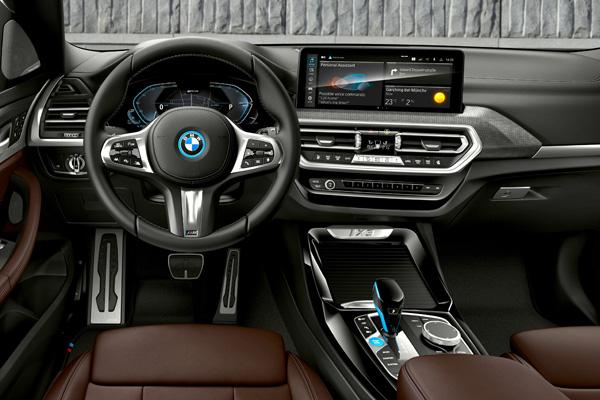 BMW IX3 Facelift Interieur